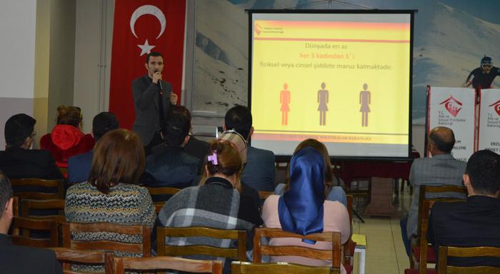 Erzurum'da 'Kadına Yönelik Şiddetle Mücadele' semineri
