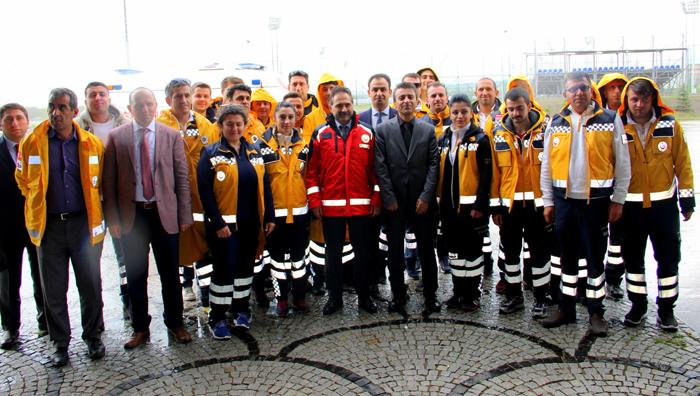 Sağlık personellerine 'Ambulans Sürüş Teknikleri Eğitici Eğitimi' verildi