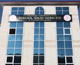 İsmail Saib Sencer, kapılarını açık tuttu...